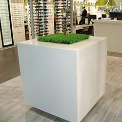 STARON® Cupboard | Display systems | Staron