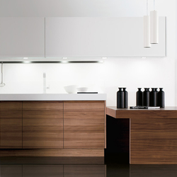Cusan nogal sedamat blanco | Fitted kitchens | DOCA