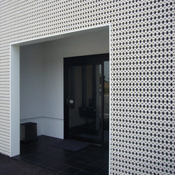 Porous model 1 wall in-situ | Facade design | Kenzan