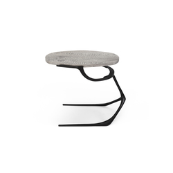 Wishbone Side Table | Mesas auxiliares | CASTE