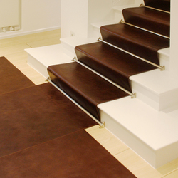 Stairrunner leather | Leather flooring | KURTH Manufaktur