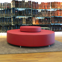 Marc 'o Polo | Seating round | Waiting area benches | KURTH Manufaktur