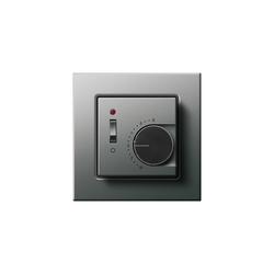Raumtemperaturregler mit Ein-| Ausschalter | E22 | Gestione riscaldamento / aria condizionata | Gira