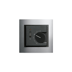 Raumtemperaturregler mit Ein-| Ausschalter | Event | Gestione riscaldamento / aria condizionata | Gira