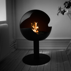 Globe stand metal black | Ventless ethanol fires | Vauni Fire