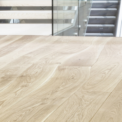 Natural Oak with sapwood unfinished solid | Wood flooring | Bolefloor