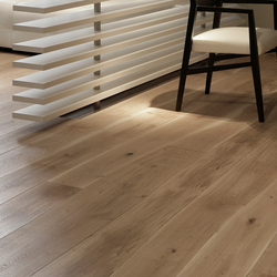 Natural Oak with sapwood natural oil solid | Wood flooring | Bolefloor