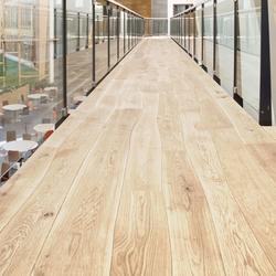 Roble Natural con albura cepillado macizo | Suelos de madera | Bolefloor