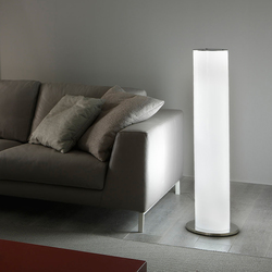 Cilly Floor lamp | Iluminación general | La Référence