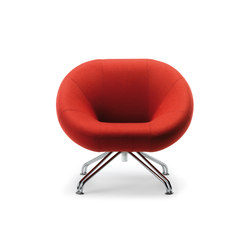 RBM Sweep chair | Lounge chairs | Flokk