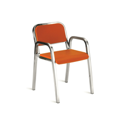 Nine-0™ Stacking armchair | Chaises de restaurant | emeco