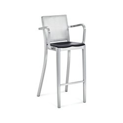Hudson Barstool with arms seat pad | Bar stools | emeco