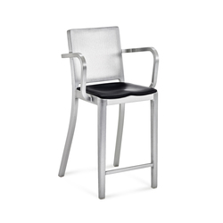 Hudson Counter stool with arms seat pad | Barhocker | emeco