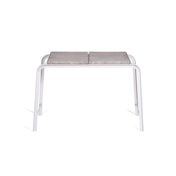Tabloid Table | side table | Mesas auxiliares | Vij5