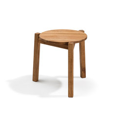 Djurö small lounge table | Tables d'appoint de jardin | Skargaarden