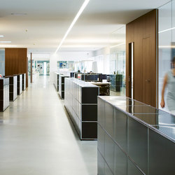 USM Haller Reception station | Space dividing systems | USM