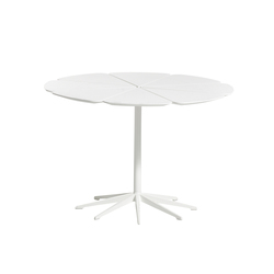 Petal® Dining Table | Mesas de comedor de jardín | Knoll International