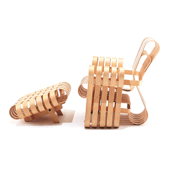 Gehry Power Play Club Chair with Ottoman | Armchairs | Knoll International