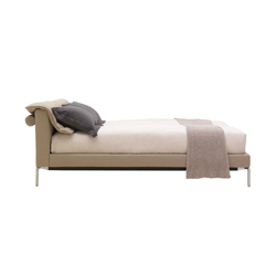 L32 Moov | Double beds | Cassina