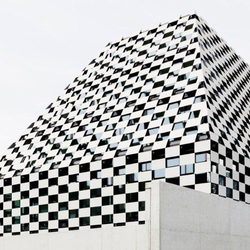 Bank BTV Mitterweg | Facade design | Rieder