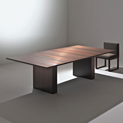 Stars | Table ST 51 M | Dining tables | Laurameroni