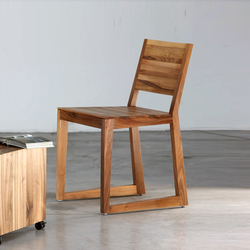 Basic Chair | Sillas | Artisan