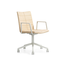 Archal Armchair 5-feet swivel with castors | Chairs | Lammhults