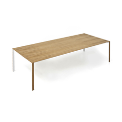 Thin-K Longo wood table | Mesas para restaurantes | Kristalia