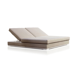 High end chaise longues with base in steel on architonic for Chaise longue double a bascule