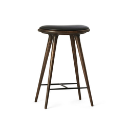 High Stool sirka grey stained oak 69 | Bar stools | Mater