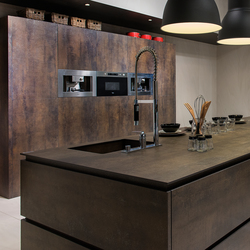 Kitchen | Iron Moss | Ceramic slabs | Neolith