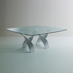 Helix A square table | Mesas comedor | Former