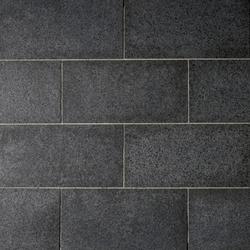 Basalt schwarz Platten, geflammt | Natural stone panels | Metten
