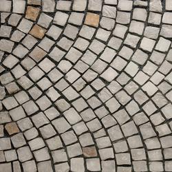 Quirrenbach Grauwacke Pflaster, gespalten | Suelos de hormigón / cemento | Metten