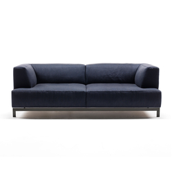 Lounge sofas high quality designer lounge sofas architonic for Prostoria divani