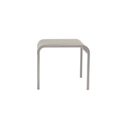 Helios footstool/sidetable | Taburetes de jardín | Manutti