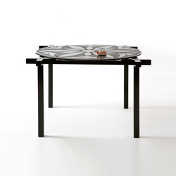 Round and Square side and centre table | Tables basses | Karen Chekerdjian