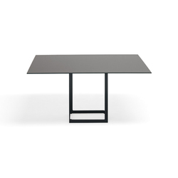 Leonardo Quad | Dining tables | YDF