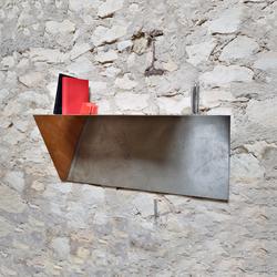 Object 02 | Wandregale / Ablagen | Karen Chekerdjian