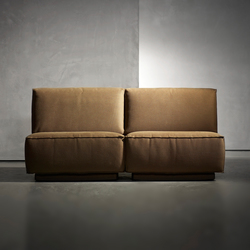 DOUTZEN sofa | Sofás lounge | Piet Boon