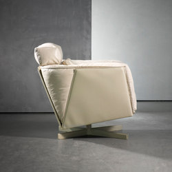 HEIT swivel chair | Sillones | Piet Boon