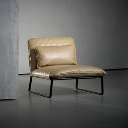 KEKKE armchair | Lounge chairs | Piet Boon