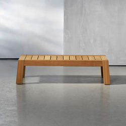 ANNET outdoor couch table | Tavoli bassi da giardino | Piet Boon