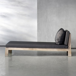 GIJS daybed | Sun loungers | Piet Boon
