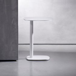 KEK side table | Mesas auxiliares | Piet Boon