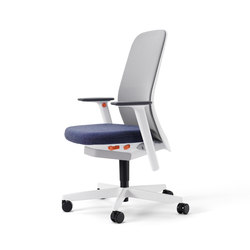 Riya | Task chairs | Bene