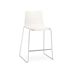 Catifa 46 | 0476 | Bar stools | Arper