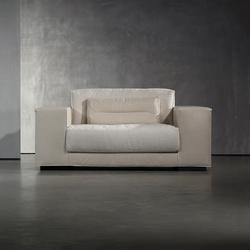 DIEKE Fauteuil | Armchairs | Piet Boon