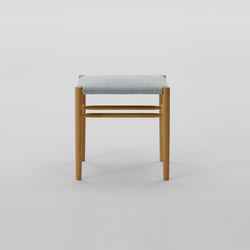 Lightwood Stool Low (Cushioned) | Taburetes | MARUNI