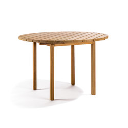 Djurö round dining table | Dining tables | Skargaarden